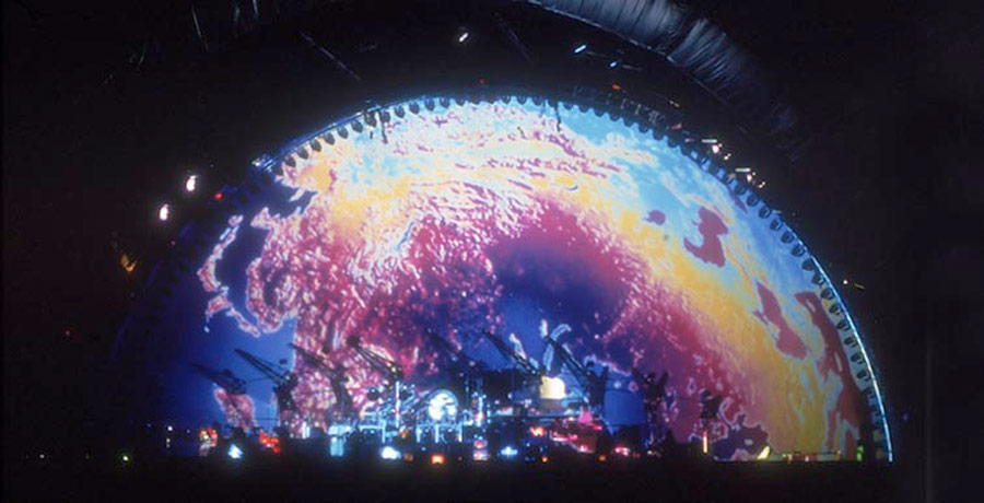 pink floyd division bell tour projections